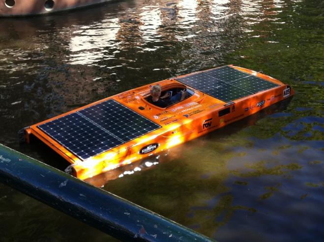 solar boat parade Amsterdam