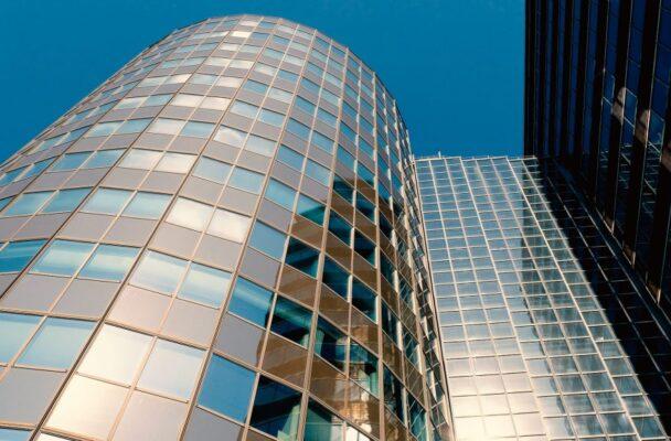 RE:BORN: bouwen functievrij en duurzaam door hergebruik van gebouwen en material